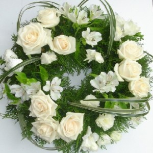 funeral-wreath-green-white
